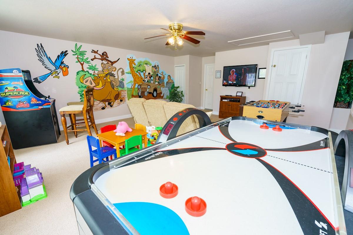 Formosa Gardens Villa Games Room with Air Hockey Table