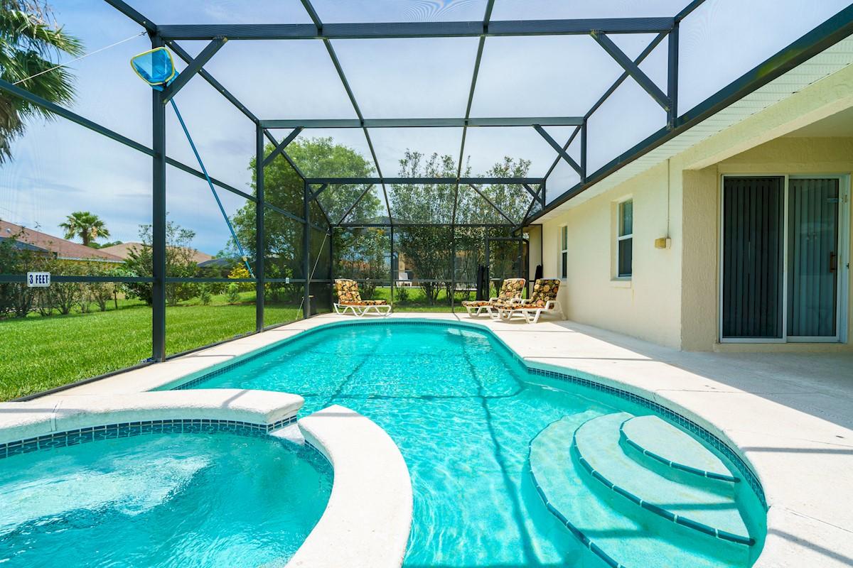 Tuscan Ridge Villa Pool area in Orlando, Florida