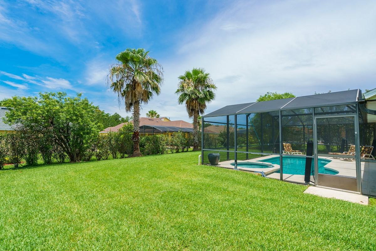 Tuscan Ridge Villa Rear Garden