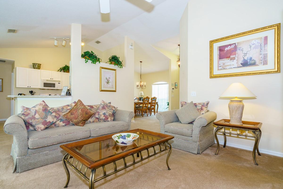 Tuscan Ridge villa lounge with direct pool access