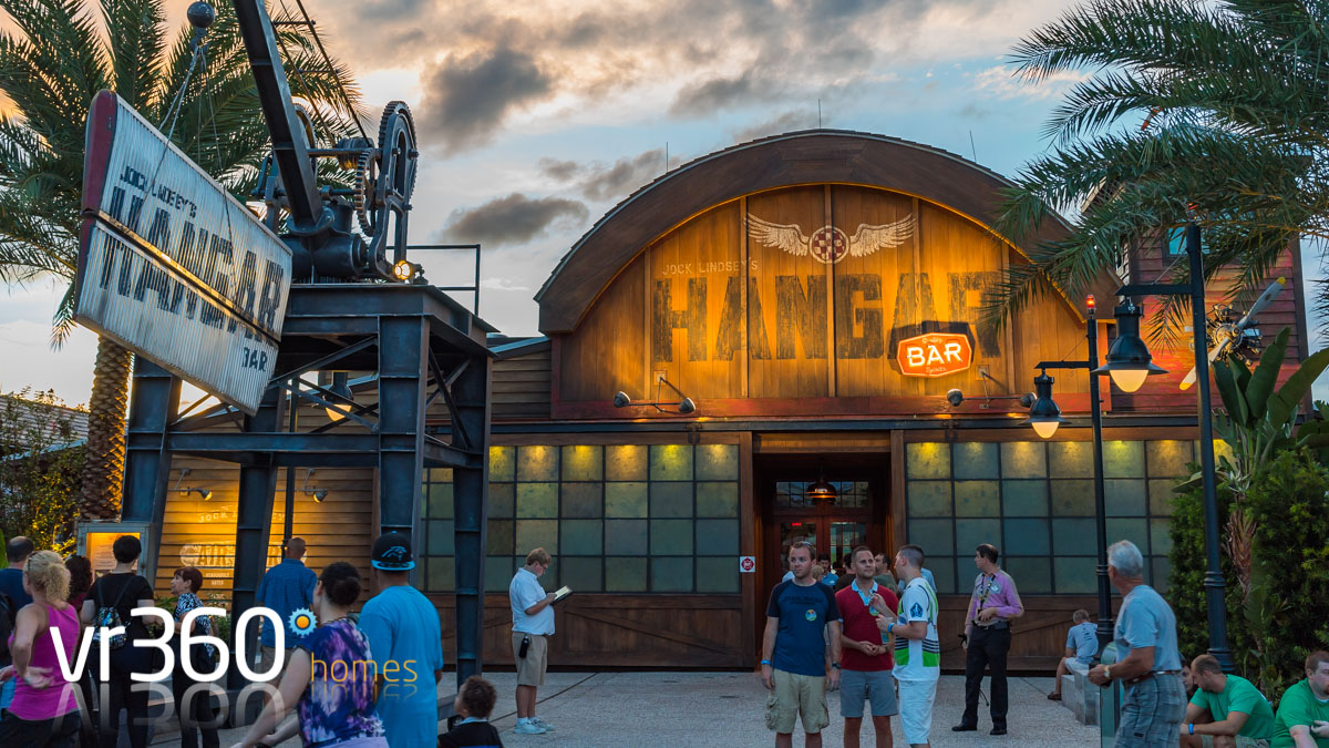 Jock Lindsey's Hangar Bar amazing themed restaurant