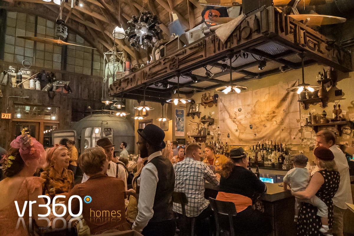 Jock Lindsey's Bar